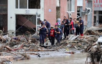 I soccorsi in Turchia dopo le inondazioni che hanno colpito la regione del Mar Nero