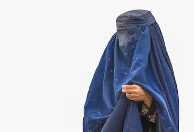 Afghanistan, i talebani: niente sport per le donne, è contro l'Islam