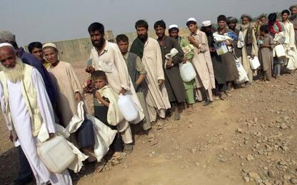 Afghanistan, 550mila nuovi sfollati: si teme esodo in Pakistan e Iran