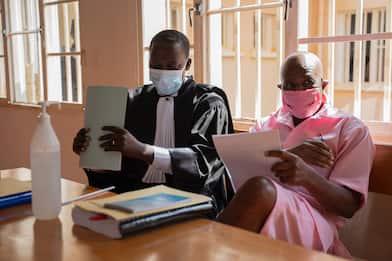 L'eroe di Hotel Rwanda condannato a 25 anni per terrorismo