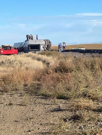 epa09488871 A view of a derailed Amtrak train, outside of Joplin, Montana, USA, 25 September 2021. According to a statement from Amtrak, the train was en route to Seattle after departing from Chicago, with 146 passengers and 16 crew members onboard. According to the Liberty County Sheriff's Department, three people died in the accident. The cause of the accident is not known at this time.  EPA/Jacob Cordeiro   EDITORIAL USE ONLY/NO SALES