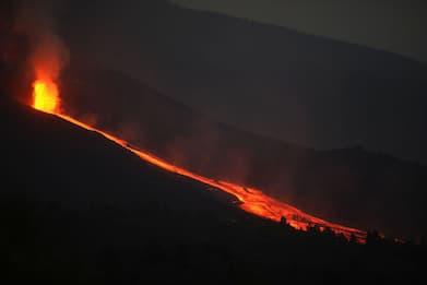 Canarie, l'eruzione del Cumbre Vieja nell'isola di La Palma