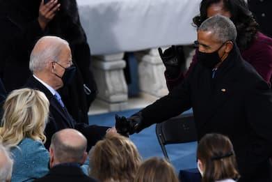 """Usa, Obama: """"Serve tassare ricchi come me per finanziare agenda Biden"""""""