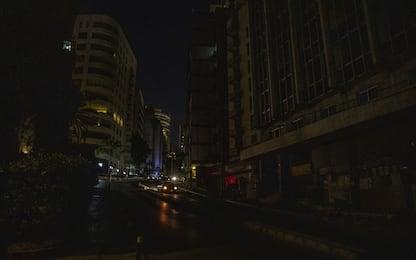 Libano, black out totale: è finito il carburante delle centrali