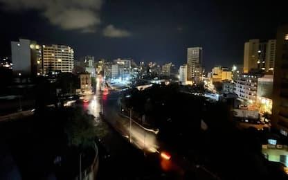 Libano, torna l'energia elettrica dopo un giorno di blackout