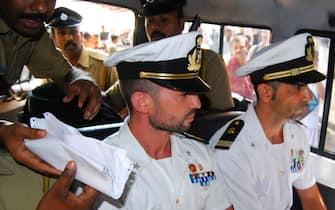 India, primo giorno del processo ai due marò Massimiliano Latorre e Salvatore Girone al tribunale di Kollam
