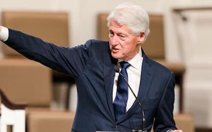 Usa, Bill Clinton è stato dimesso dall'ospedale in California