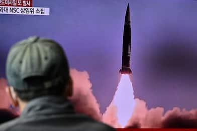 Corea del Nord, lanciato missile balistico nel Mar del Giappone