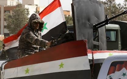 Siria, attentato a pullman militare a Damasco. Almeno 13 morti