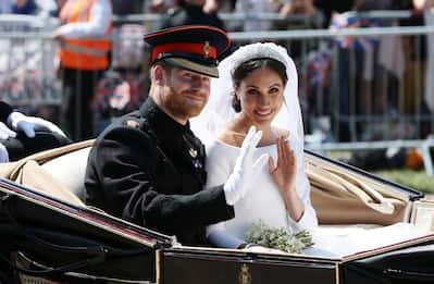 Harry e Meghan celebrano due anni di matrimonio. LA FOTOSTORIA