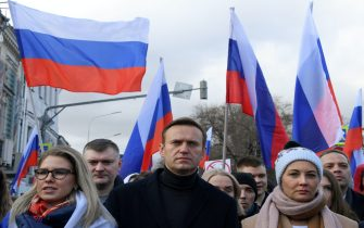 Russian opposition leader Alexei Navalny, his wife Yulia, opposition politician Lyubov Sobol and other demonstrators take part in a march in memory of murdered Kremlin critic Boris Nemtsov in downtown Moscow on February 29, 2020. (Photo by Kirill KUDRYAVTSEV / AFP) (Photo by KIRILL KUDRYAVTSEV/AFP via Getty Images)