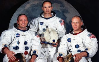 epa000235832 (FILES) A file picture taken in May 1969 of (L to R) US astronauts Neil A. Armstrong, commander; Michael Collins, command module pilot; and Edwin E. Aldrin Jr., lunar module pilot. July 20 marks the 35th anniversary of the Apollo 11 moon landing. The crew of Apollo 11 opened a revolutionary new phase in human evolution when Neil Armstrong and Buzz Aldrin became the first men to walk on the moon.  EPA/NASA FILES