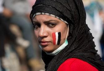 Cairo, Egitto, le proteste continuano intorno a piazza Tahrir mentre è ancora braccio di ferro tra il Presidente Morsi e la magistratura egiziana (Cairo - 2012-11-29, Chris Harris / IPA) p.s. la foto e' utilizzabile nel rispetto del contesto in cui e' stata scattata, e senza intento diffamatorio del decoro delle persone rappresentate