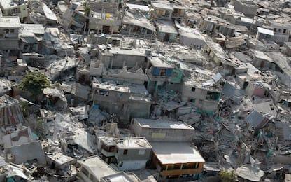 11 anni fa il terremoto di Haiti: la cronaca in 15 foto