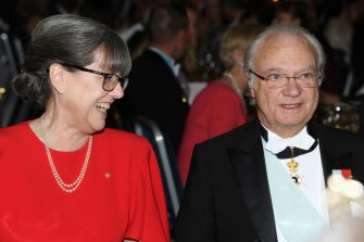 STOCKHOLM, SWEDEN - DECEMBER 10: Donna Strickland, laureate of the Nobel Prize in Physics and King Carl XVI Gustaf of Sweden attend the Nobel Prize Banquet 2018 at City Hall on December 10, 2018 in Stockholm, Sweden. (Photo by Pascal Le Segretain/Getty Images)