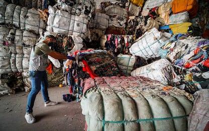 Napoli, sequestrate 12mila tonnellate di rifiuti: 18 misure cautelari