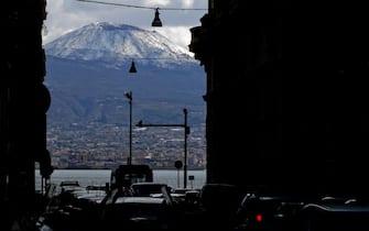 Napoli, Vesuvio innevato