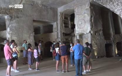 Napoli, il turismo riparte dalle Catacombe di San Gennaro. Video