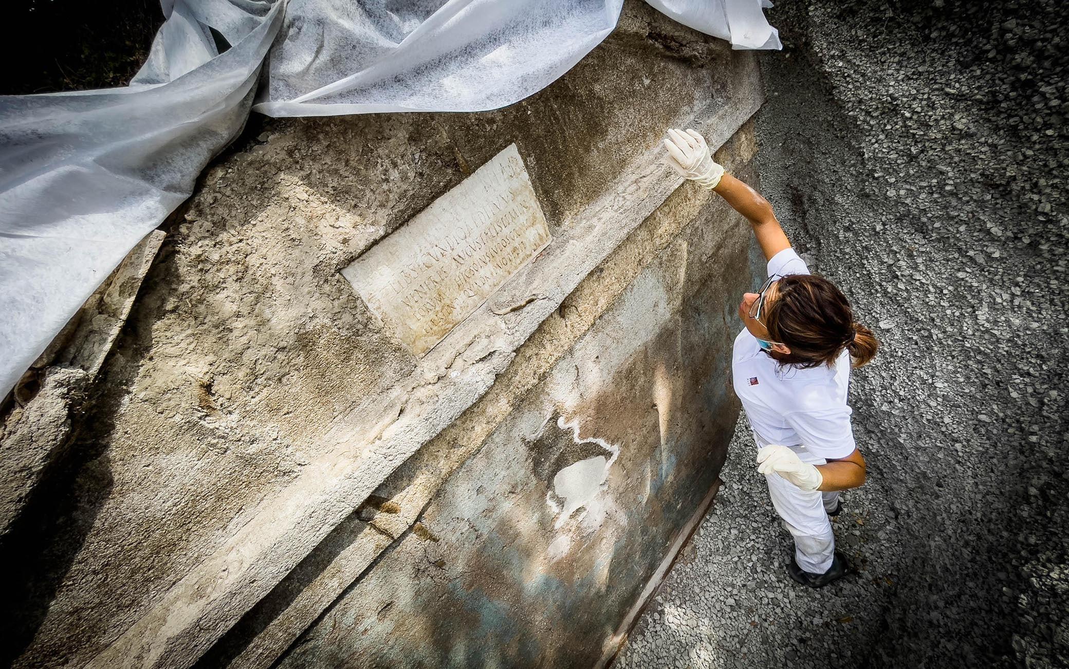 La tomba scoperta a Pompei