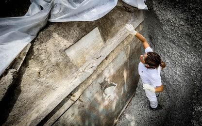 Pompei, scoperta una tomba con un corpo parzialmente mummificato