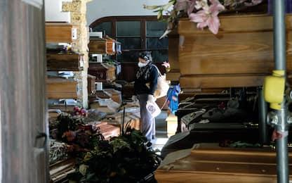 Palermo, emergenza cimitero Rotoli: 500 salme in attesa di inumazione