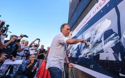 """Palermo, flash mob dei fotografi: """"Difendiamo il diritto d'autore"""""""