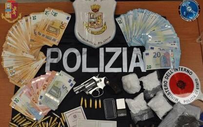 Arsenale e droga in un casolare nel Siracusano, arrestato 37enne