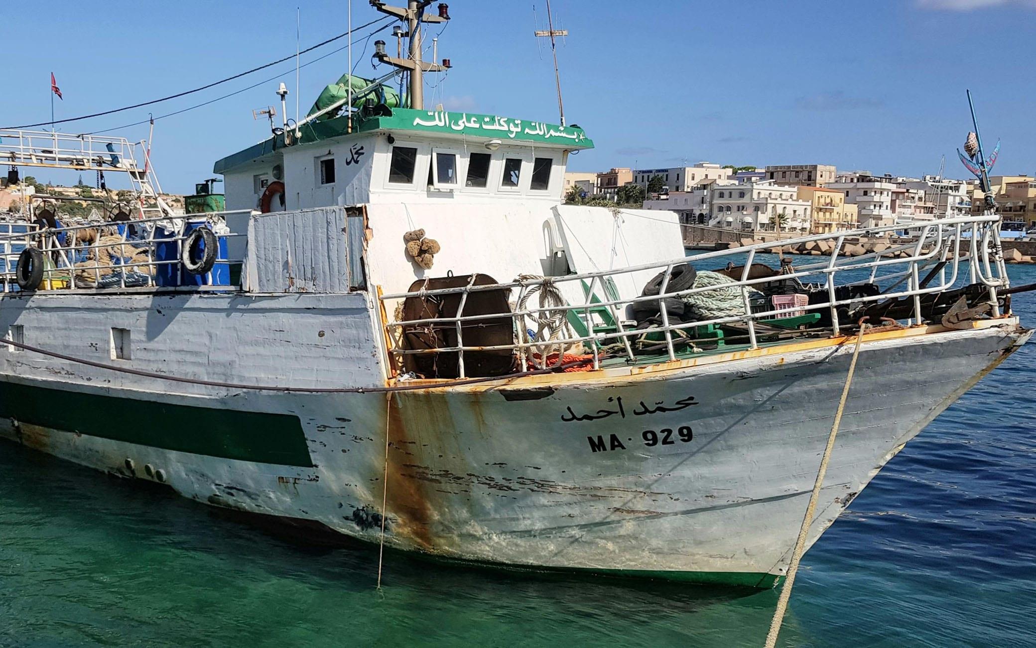 """Il peschereccio tunisino """"Mohanel Anmed"""", 30 settembre 2020.ANSA/ ELIO DESIDERIO"""
