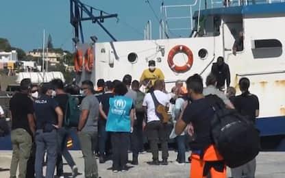 Migranti, naufragio a sud di Lampedusa: 15 persone tratte in salvo