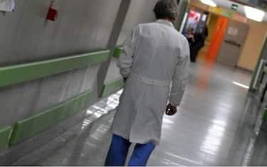 Un medico in ospedale