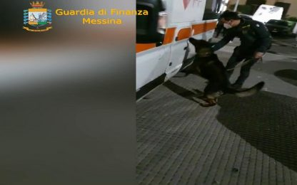 Messina, trasportano 30 chili di marijuana in ambulanza: arrestati