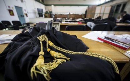 Bimba di 18 mesi morta a Cabiate, ex compagno madre ammette omicidio