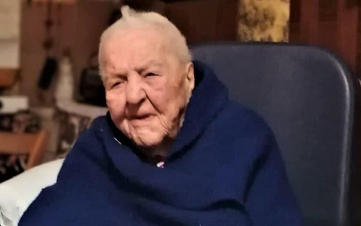 """Maria Oliva, conosciuta come """"nonna Marietta"""", festeggerà 112 anni"""