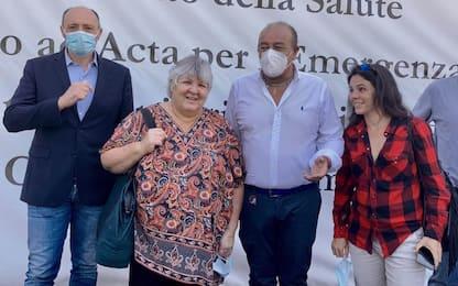 Covid Sicilia, Aleida Guevara in visita all'hub vaccinale di Palermo
