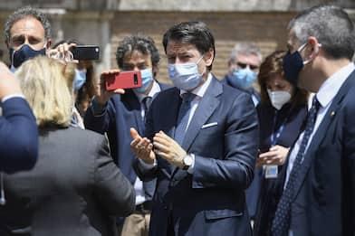 Sfiducia Bonafede, i politici con le mascherine al Senato. FOTO