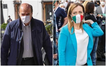 """Covid, Bersani: """"Con destra non bastavano cimiteri"""". Meloni: vergogna"""