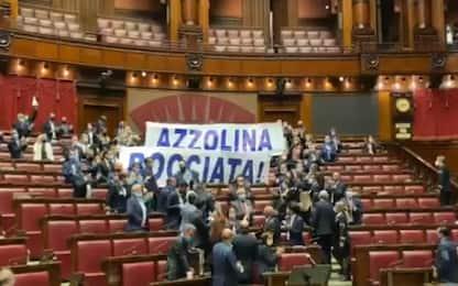 Dl scuola, bagarre alla Camera: voto sabato mattina