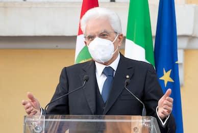 """Mattarella: """"Italia supererà la sfida. No a conflitti istituzionali"""""""