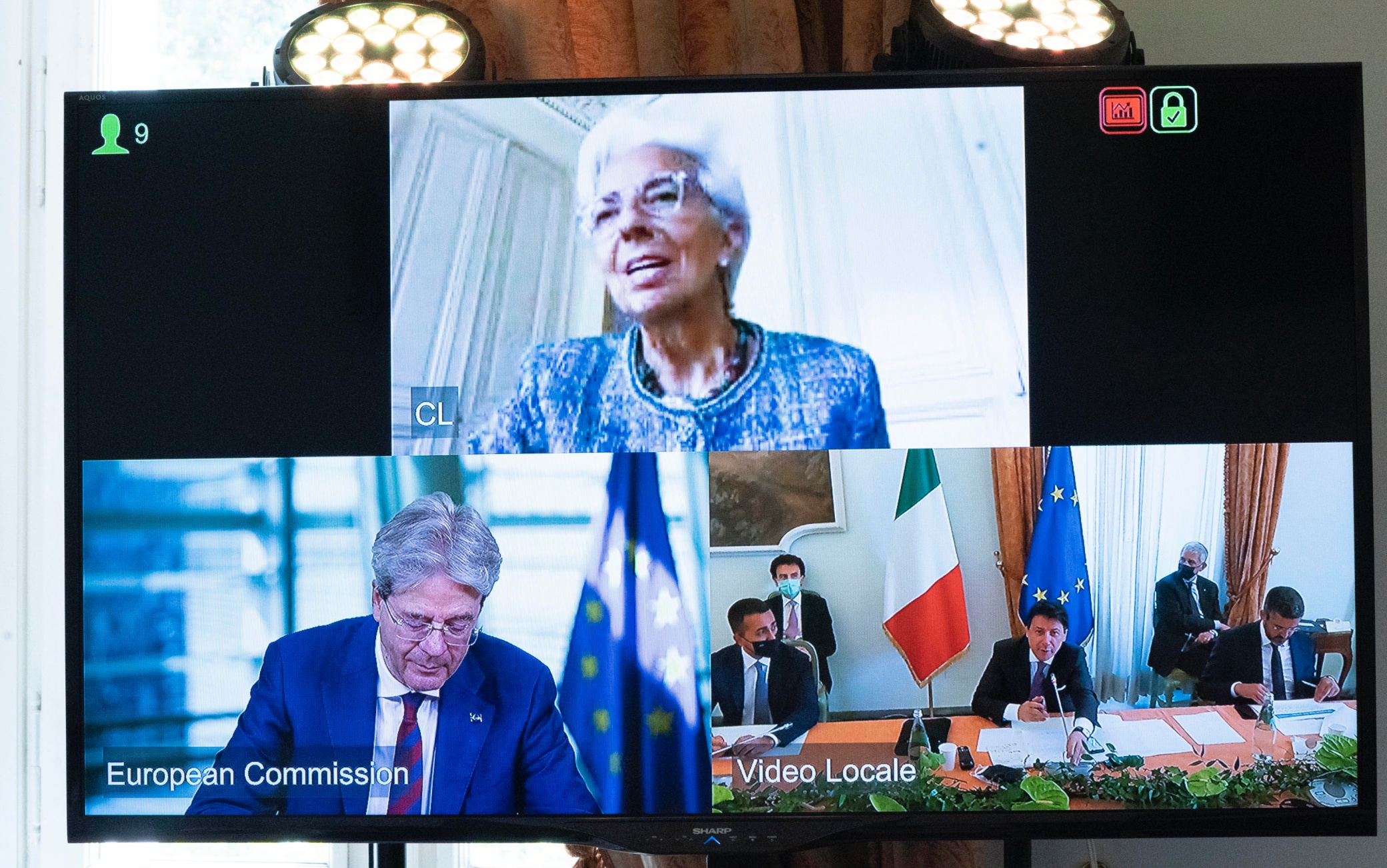 """This handout picture, released by Chigi Palace Press office, shows a moment of the illustration of the relaunch plan of Italy by the Italian Prime Minister Giuseppe Conte, at Villa Pamphilj, Rome, Italy, 13 June 2020. """"Modernisation of the Country. Ecological transition. Social, territorial and gender inclusion"""". These are the three """"strategic lines"""" that Conte underlined. """"We are working to have a more efficient, digitized Public Administration. We must ensure that existing digital technologies for everyday life can increase the productivity of the economy and innovation,"""" he adds. ANSA / Filippo Attili - Chigi Palace Press office +++ ANSA PROVIDES ACCESS TO THIS HANDOUT PHOTO TO BE USED SOLELY TO ILLUSTRATE NEWS REPORTING OR COMMENTARY ON THE FACTS OR EVENTS DEPICTED IN THIS IMAGE; NO ARCHIVING; NO LICENSING +++"""