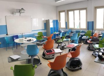 """Scuola, il Ministero: """"A settembre tutti gli studenti avranno un'aula"""""""