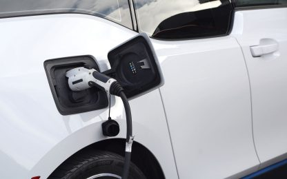 Volkswagen: investiamo su auto elettriche e batterie, sono il futuro