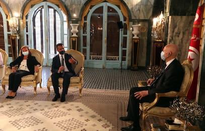 Migranti, 11 milioni di euro di aiuti dall'Italia alla Tunisia
