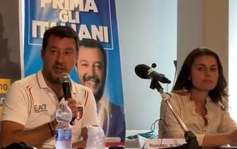 Una foto tratta dal profilo Twitter di Matteo Salvini in occasione della presentazione della candidata della Lega Susanna Ceccardi, Firenze 28 Agosto 2020. TWITTER