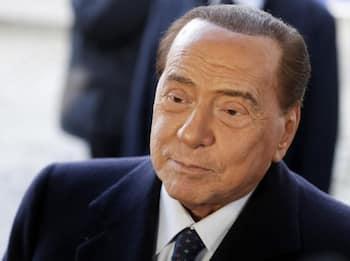 """Berlusconi: """"Amo molto Milano e da milanese a volte tifo Inter"""""""