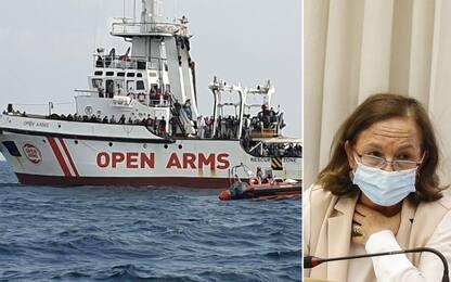Sicurezza, bozza dl migranti: stop alle multe milionarie per le Ong