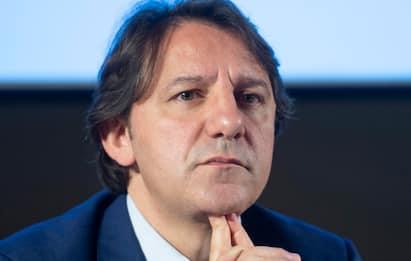 Stipendio raddoppiato per Pasquale Tridico, presidente Inps: polemica