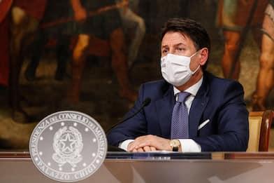"""Nuovo Dpcm, Conte: """"Strada ancora lunga, scongiurare la terza ondata"""""""
