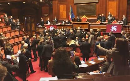 Decreto sicurezza, senatori Lega occupano l'Aula