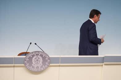 Crisi di governo: Conte si dimette, centrodestra al Colle unito. LIVE