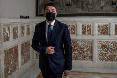 """Consultazioni, Renzi: """"Confronto sia sul futuro del Paese"""""""